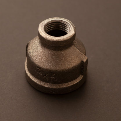 1 1/4″ inch to half inch plumbing pipe coupler