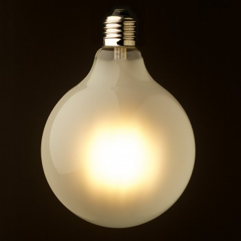 8-Watt-Dimmable-LED-E27-125-Round-Pearl-Bulb