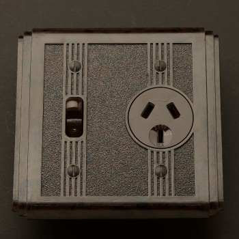 Bakelite Art Deco single power point