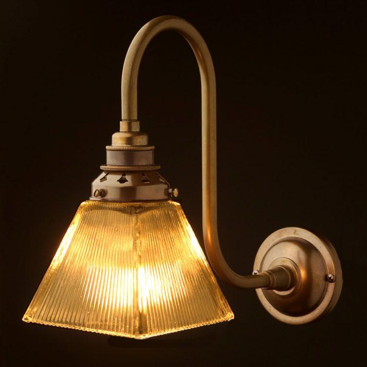 Brass Doncaster bend box holophane wall light