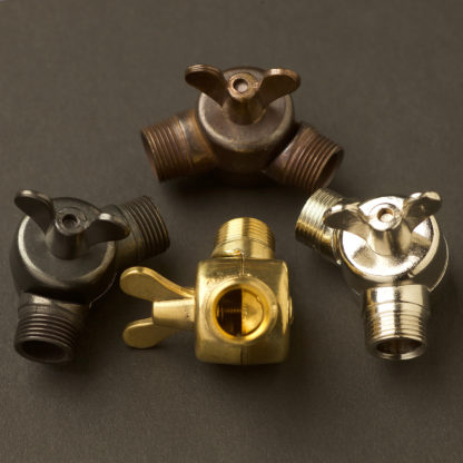 Wing nut coupler