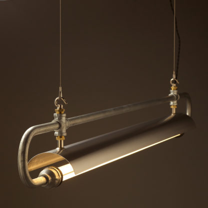 Pipe loop LED tube light side galvanised with shade